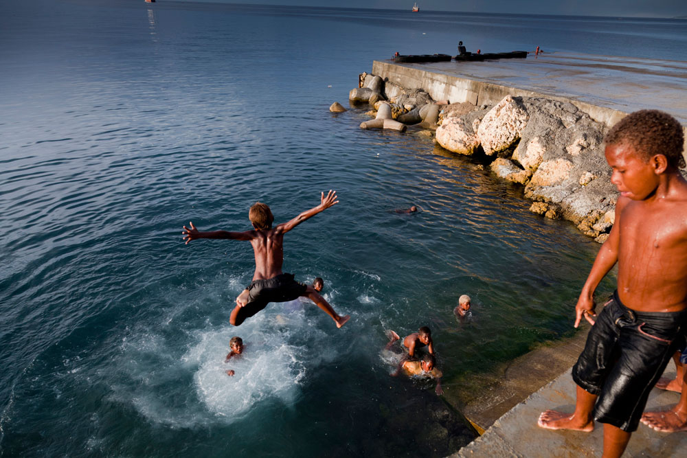 Solomon_Islands_Rock_Jumping_009