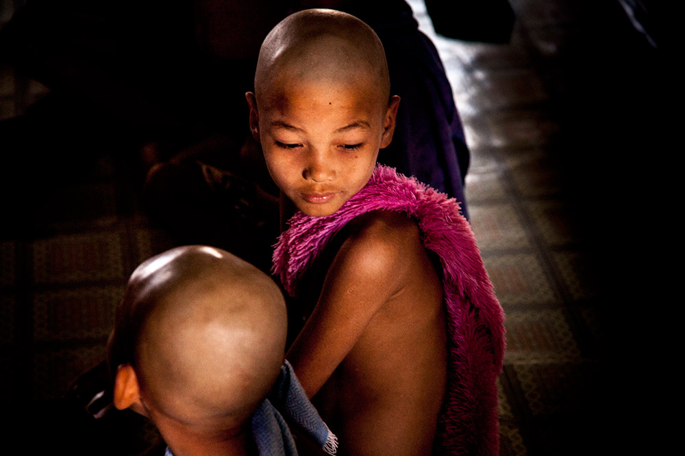 Myanmar-Burma-Michael_Bainbridge-Novice-Monks-004
