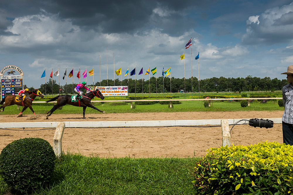 udon-thani-horse-races-michael-bainbridge-photography-033