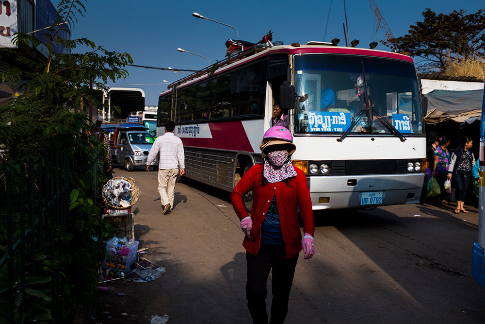 Hard-Hats-Photo-Essay-Vietnam-Laos--Michael-Bainbridge-006
