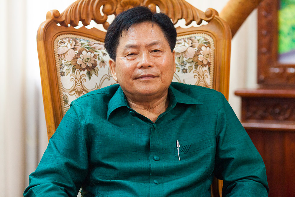 Meeting-with-governor-of-savannakhet-Dr-Souphanh-Keomixay-18